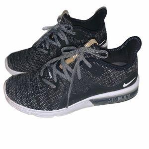 Nike Women's Air Max Sequent 3 EUC